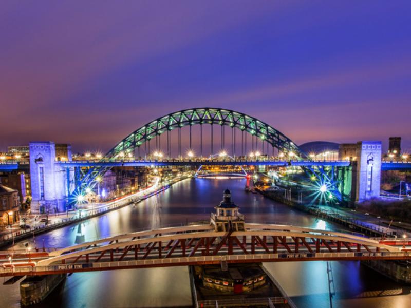 46218_800x600_Tyne_bridges