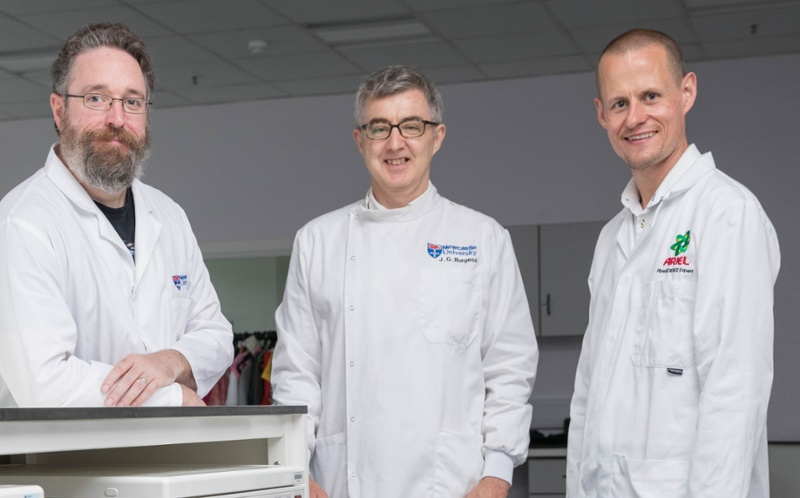 Newcastle University and P&G Scientists together in the laboratory.